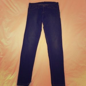 Flying Monkey Skinny Jeans - Size 25. Excellent!